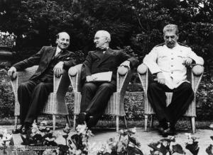 Geschichte / Weltkrieg II / Alliierte Konferenzen / 1945 / Potsdam / Gruppenfotos