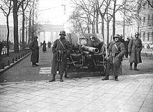 220px-bundesarchiv_bild_183-h25109_kapp-putsch_brigade_erhardt_berlin