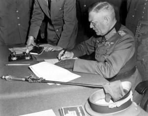 WAR & CONFLICT BOOKERA:  WORLD WAR II/VICTORY & PEACE