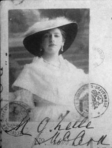 Mata-Hari_1915